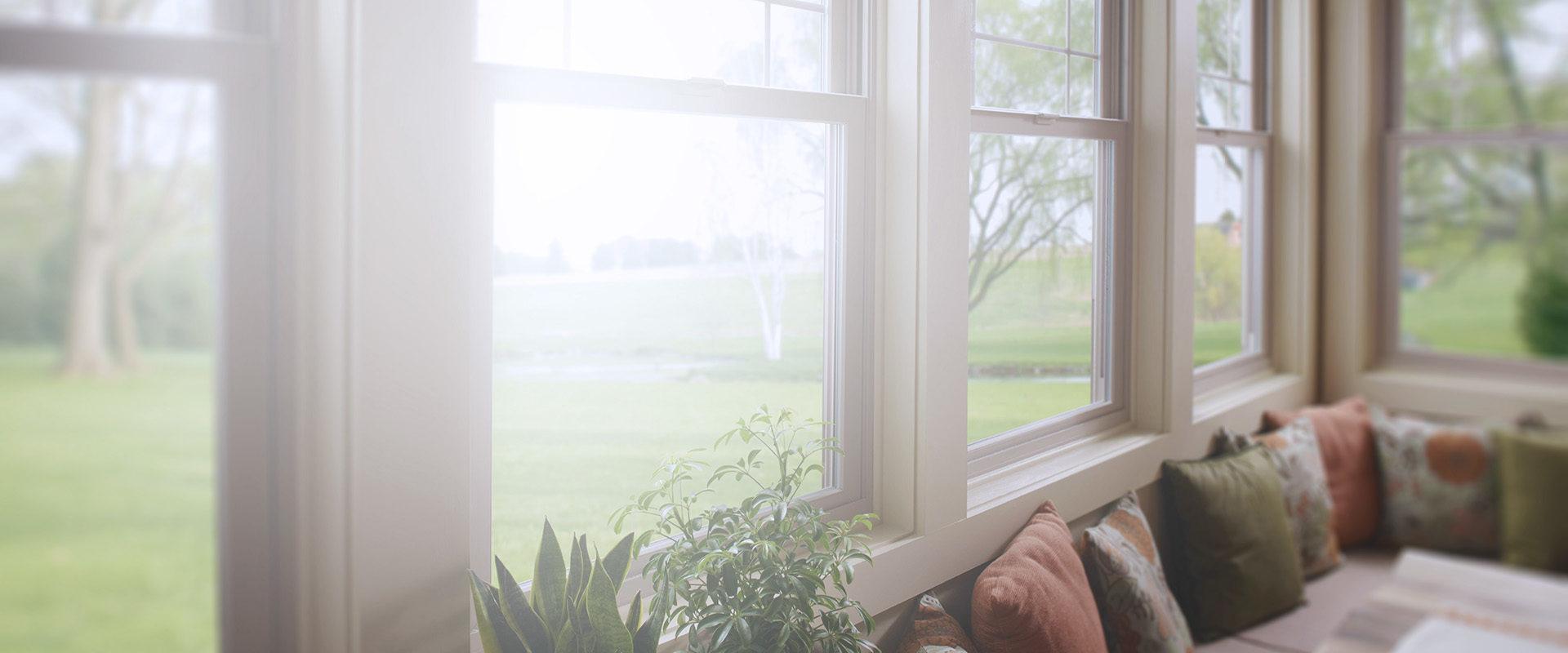 Картинка фоновая окно в коттедж Глазов